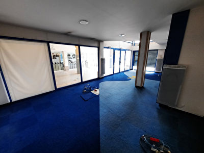 Local commercial Oyonnax  101 m2 2/6